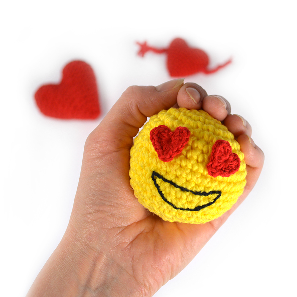 emoji_heart_stressboll-1